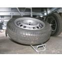 Roue de secours 155/70x13 avec support sous châssis