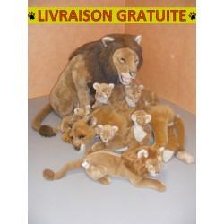 Lion assis 150 cm avec lionceau 45 cm, lion 65cm et lionne couchée 60 cm